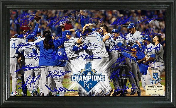 kansas_city_royals_2015_world_series_champions_ws_celebration_signature_field_royals_champions_limited_edition_p330435